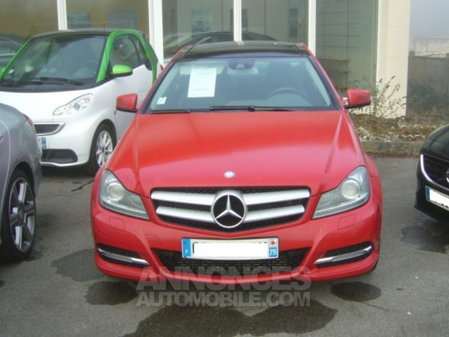 Mercedes Classe C III COUPE 220 CDI BLUEEFFICIENCY EXECUTIVE rouge Occasion - 1