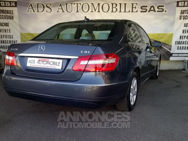 Mercedes Classe E 220 CDI BLUEEFFICIENCY Avantgarde Executive Gris Occasion - 1