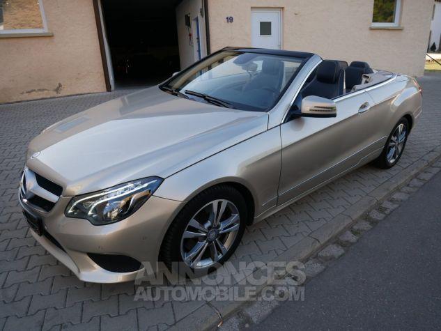 Mercedes Classe E 250 CDi Cabriolet 7G-Tronic, Caméra, COMAND, Pack Mémoire, LED ILS Argent Aragonite métallisé Occasion - 1