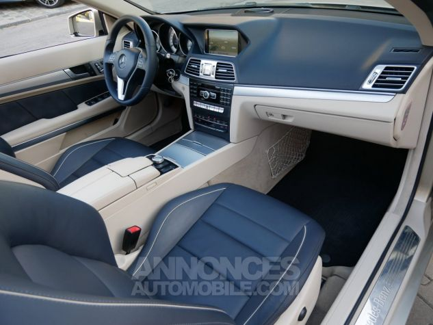 Mercedes Classe E 250 CDi Cabriolet 7G-Tronic, Caméra, COMAND, Pack Mémoire, LED ILS Argent Aragonite métallisé Occasion - 6