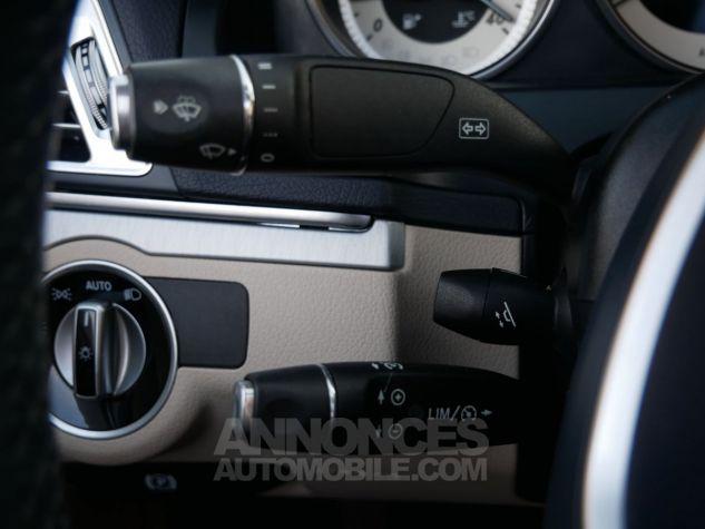 Mercedes Classe E 250 CDi Cabriolet 7G-Tronic, Caméra, COMAND, Pack Mémoire, LED ILS Argent Aragonite métallisé Occasion - 16