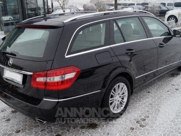 Mercedes Classe E 300 T CDI Elegance  noir metal Occasion - 4