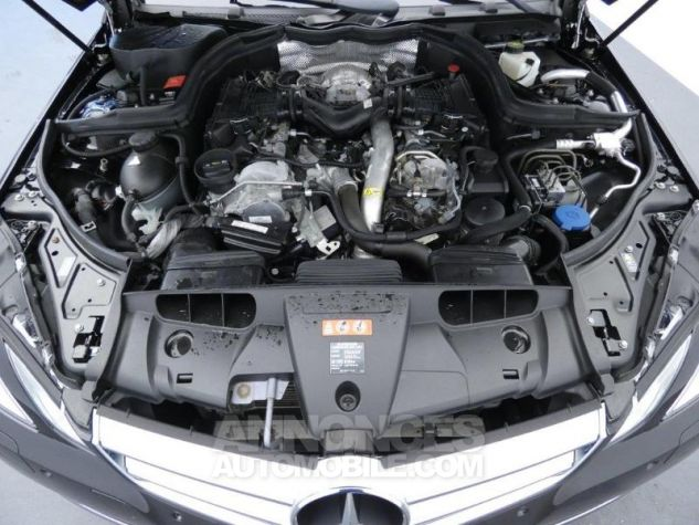 Mercedes Classe E 350 CDI Executive BE BA Noir Obsidienne Occasion - 17