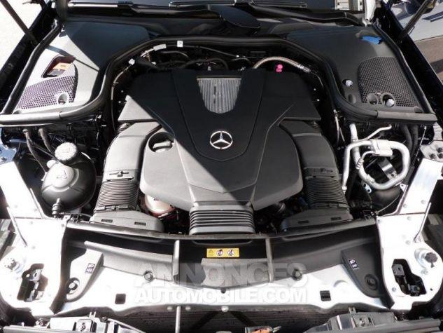 Mercedes Classe E 400 333ch Fascination 4Matic 9G-Tronic Bleu cavansite métallisé Occasion - 17