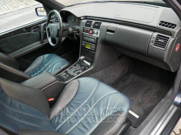 Mercedes Classe E 55 AMG Avantgarde, Navigation, BOSE Noir Émeraude métallisé Occasion - 8