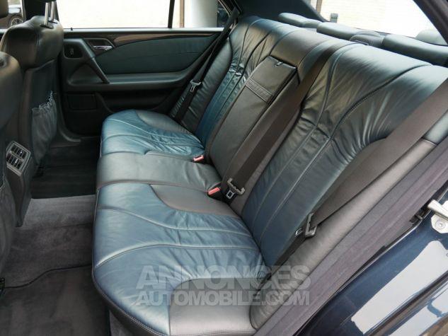 Mercedes Classe E 55 AMG Avantgarde, Navigation, BOSE Noir Émeraude métallisé Occasion - 11
