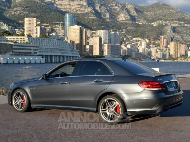 Mercedes Classe E 63 AMG S 4Matic 7G-Tronic Plus Gris Ténorite Occasion - 8