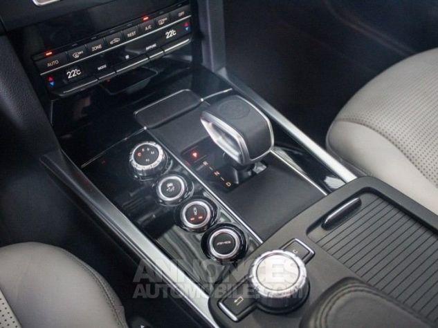 Mercedes Classe E IV AMG 63 4MATIC Noir métallisé Occasion - 16