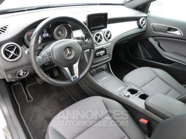 Mercedes Classe GLA 180 CDI Inspiration 7G-DCT Blanc Cirus Occasion - 6