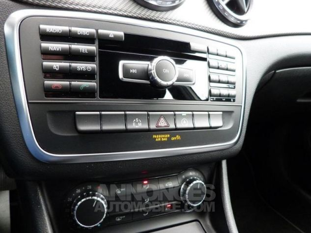 Mercedes Classe GLA 180 CDI Inspiration 7G-DCT Blanc Cirus Occasion - 10