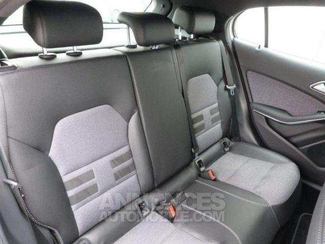 Mercedes Classe GLA 180 CDI Inspiration 7G-DCT Blanc Cirus Occasion - 12