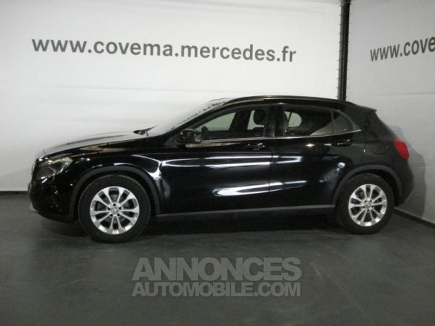 Mercedes Classe GLA 180 CDI Inspiration noir cosmos metal Occasion - 1