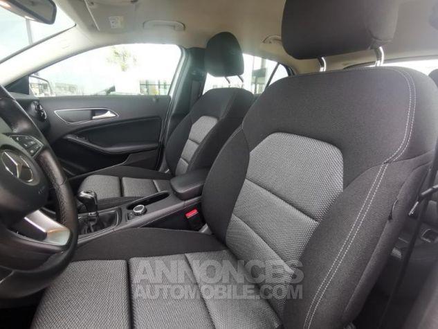 Mercedes Classe GLA 180 d Business Argent polaire métallisé Occasion - 9
