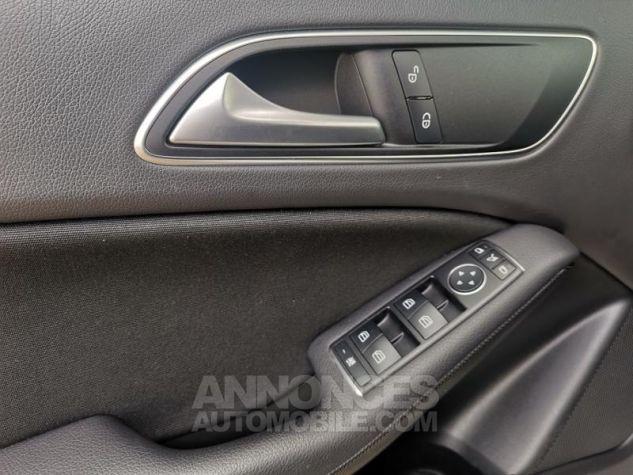 Mercedes Classe GLA 180 d Business Argent polaire métallisé Occasion - 15