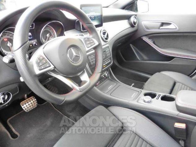 Mercedes Classe GLA 180 d Fascination 7G-DCT Blanc Occasion - 5