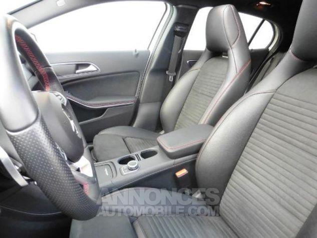 Mercedes Classe GLA 180 d Fascination 7G-DCT Blanc Occasion - 6
