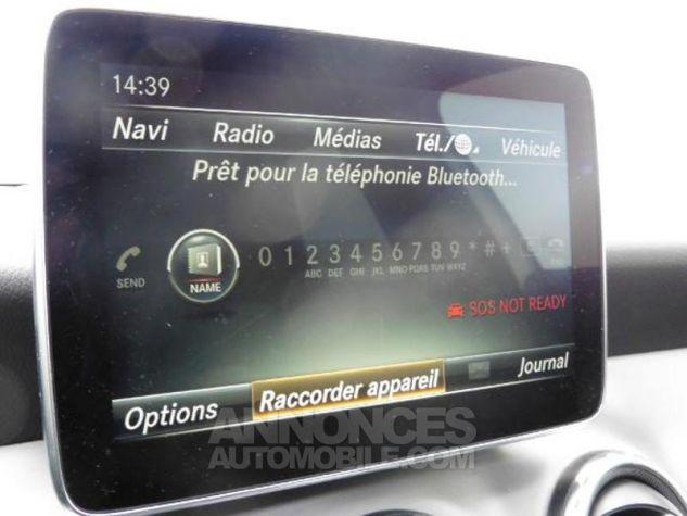 Mercedes Classe GLA 180 d Fascination 7G-DCT Blanc Occasion - 9