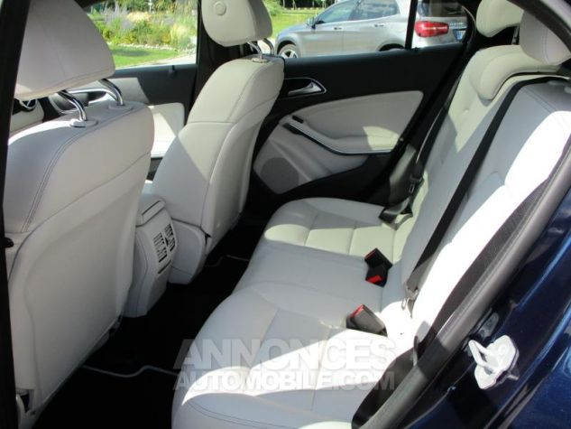 Mercedes Classe GLA 180 d Inspiration BLEU CAVANSITE Occasion - 6