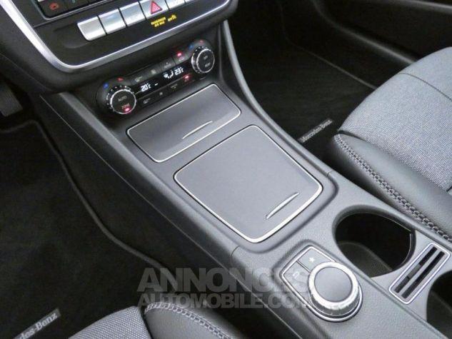 Mercedes Classe GLA 180 d Inspiration 7G-DCT Rouge Jupiter Occasion - 13