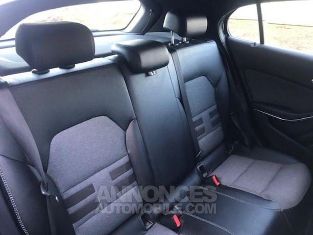 Mercedes Classe GLA 180 d Inspiration 7G-DCT Noir Occasion - 5