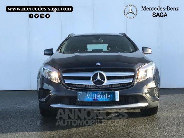 Mercedes Classe GLA 180 d Inspiration 7G-DCT Noir Occasion - 17