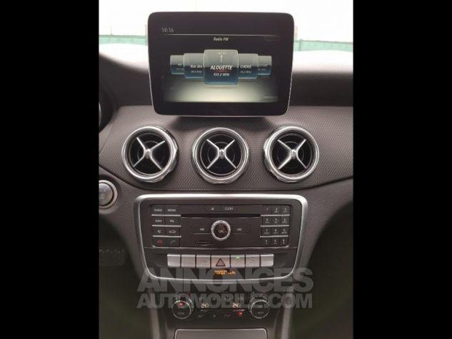 Mercedes Classe GLA 180 d Inspiration 7G-DCT NOIR COSMOS Occasion - 11