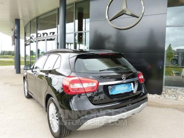 Mercedes Classe GLA 180 d Intuition 7G-DCT NOIR Occasion - 1
