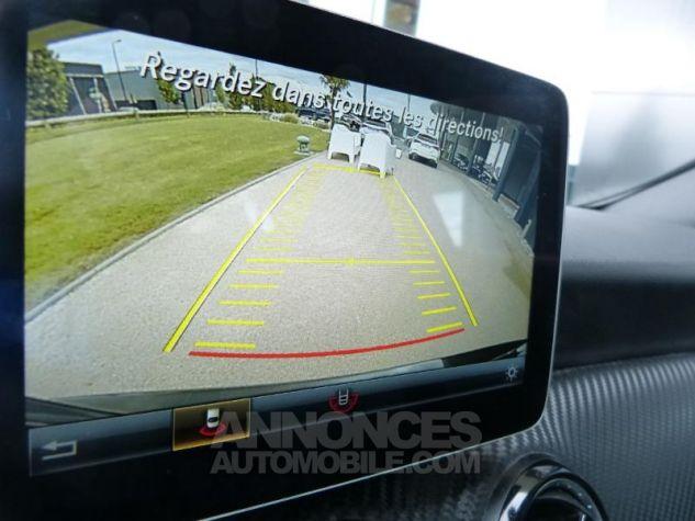 Mercedes Classe GLA 180 d Intuition 7G-DCT NOIR Occasion - 3