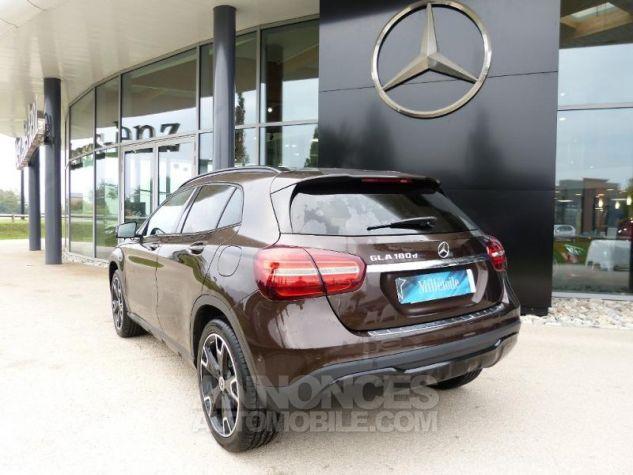 Mercedes Classe GLA 180 d Sensation 7G-DCT MARRON Occasion - 1