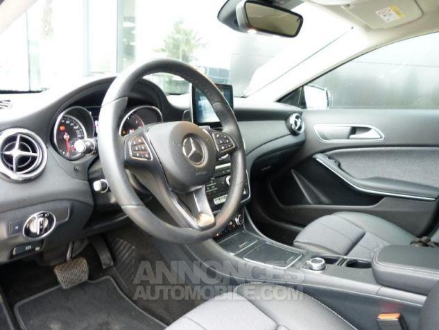 Mercedes Classe GLA 180 d Sensation 7G-DCT MARRON Occasion - 2