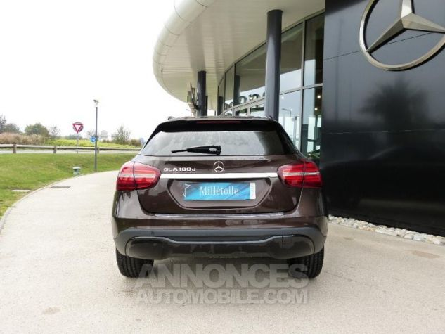 Mercedes Classe GLA 180 d Sensation 7G-DCT MARRON Occasion - 7