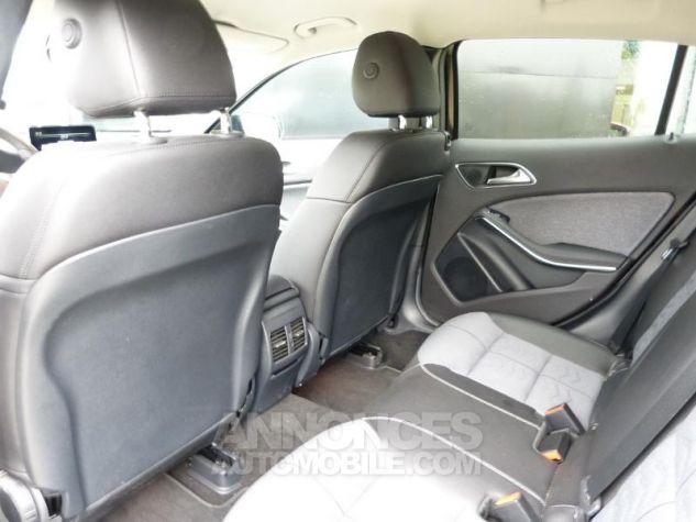 Mercedes Classe GLA 180 d Sensation 7G-DCT MARRON Occasion - 9