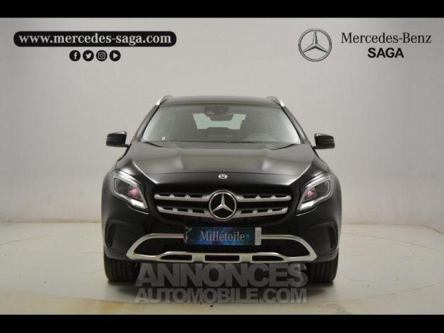 Mercedes Classe GLA 180 d Sensation 7G-DCT Noir Cosmos Occasion - 3