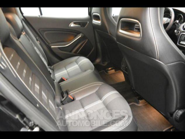 Mercedes Classe GLA 180 d Sensation 7G-DCT Noir Cosmos Occasion - 14