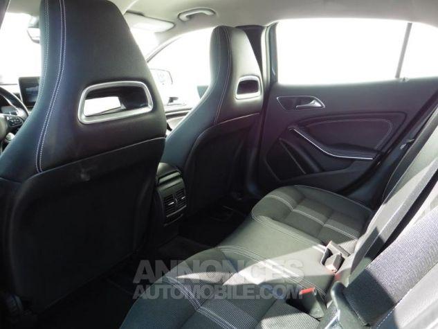 Mercedes Classe GLA 180 d Sensation 7G-DCT Bleu Cavansite Occasion - 18
