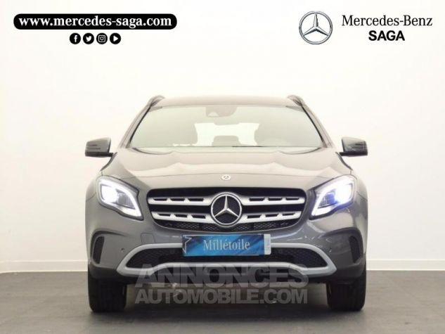 Mercedes Classe GLA 180 Inspiration 7G-DCT Gris Montagne Occasion - 4