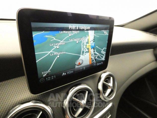 Mercedes Classe GLA 180 Inspiration 7G-DCT Gris Montagne Occasion - 8