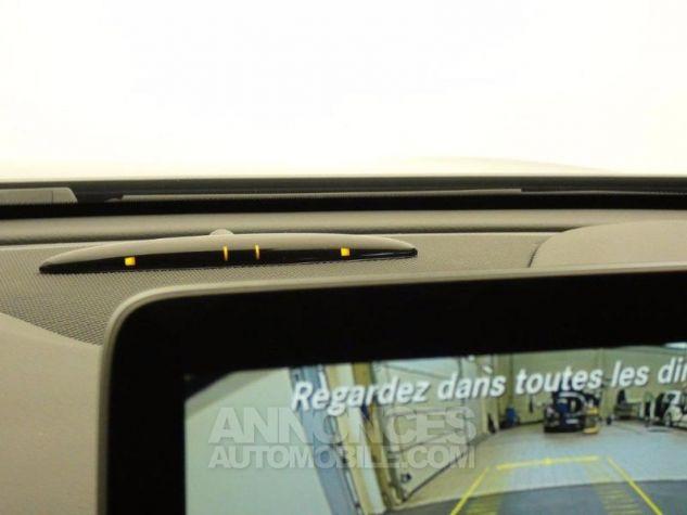 Mercedes Classe GLA 180 Inspiration 7G-DCT Gris Montagne Occasion - 11