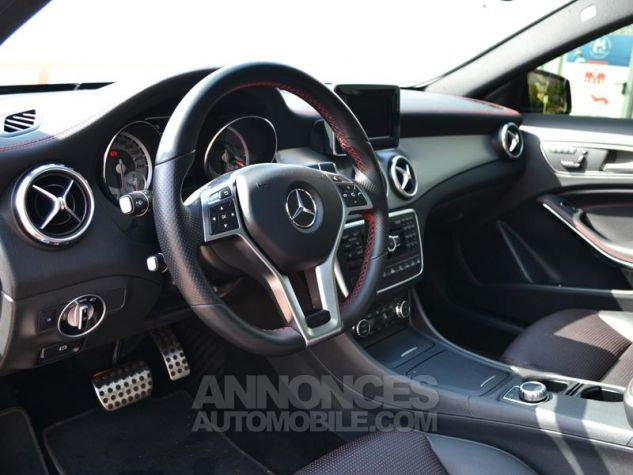 Mercedes Classe GLA 200 CDI Fascination 4Matic 7G-DCT Gris Mate Covering/ Blanc orig Occasion - 3