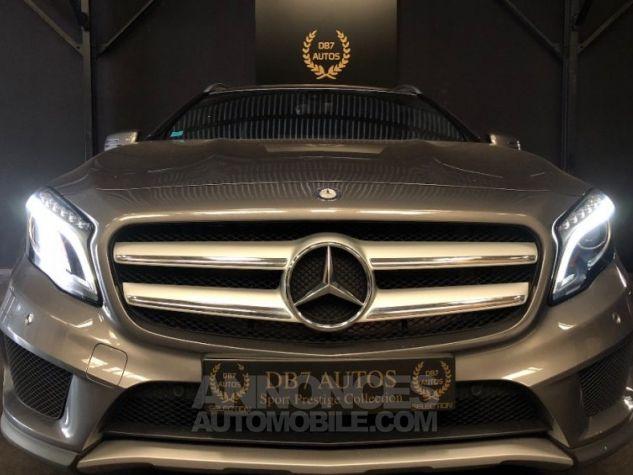 Mercedes Classe GLA 200 d 4Matic 7-G DCT GRIS Occasion - 1