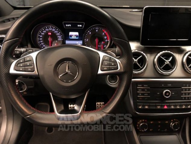 Mercedes Classe GLA 200 d 4Matic 7-G DCT GRIS Occasion - 6