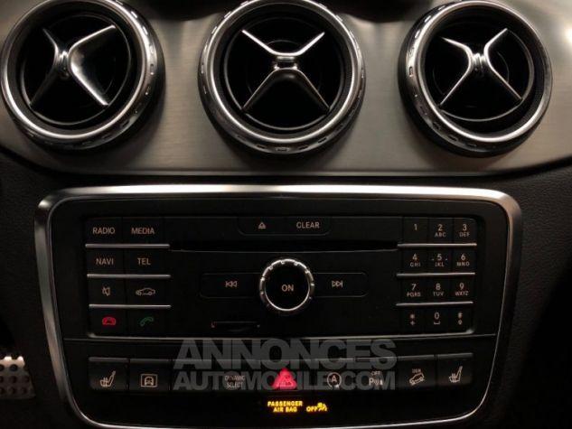 Mercedes Classe GLA 200 d 4Matic 7-G DCT GRIS Occasion - 12