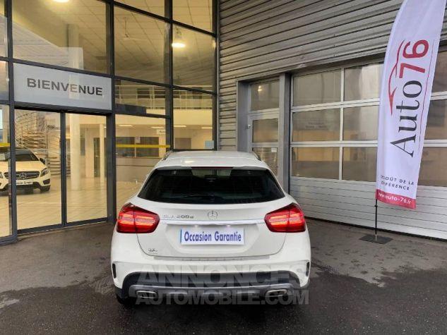 Mercedes Classe GLA 200 d Fascination 7G-DCT Blanc cirrus Occasion - 4