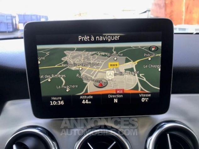 Mercedes Classe GLA 200 d Fascination 7G-DCT gris montagne Occasion - 5