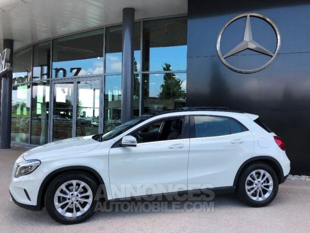 Mercedes Classe GLA 200 d Inspiration 4Matic 7G-DCT BLANC Occasion - 9