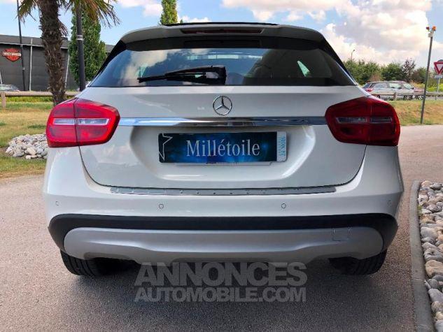 Mercedes Classe GLA 200 d Inspiration 4Matic 7G-DCT BLANC Occasion - 11