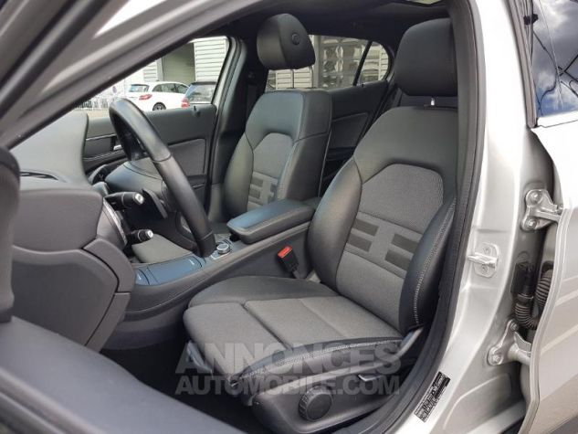Mercedes Classe GLA 200 d Inspiration 7G-DCT ARGENT POLAIRE Occasion - 2