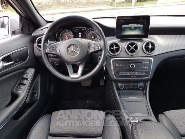 Mercedes Classe GLA 200 d Inspiration 7G-DCT ARGENT POLAIRE Occasion - 3