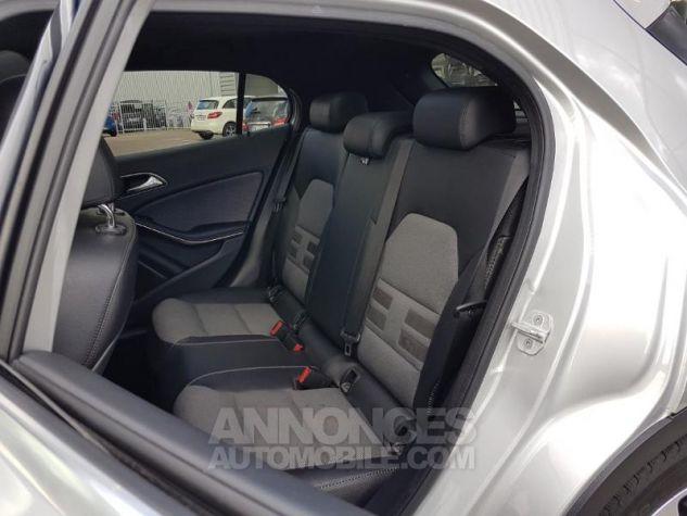 Mercedes Classe GLA 200 d Inspiration 7G-DCT ARGENT POLAIRE Occasion - 8