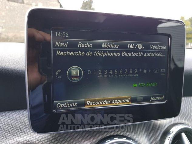 Mercedes Classe GLA 200 d Inspiration 7G-DCT ARGENT POLAIRE Occasion - 13